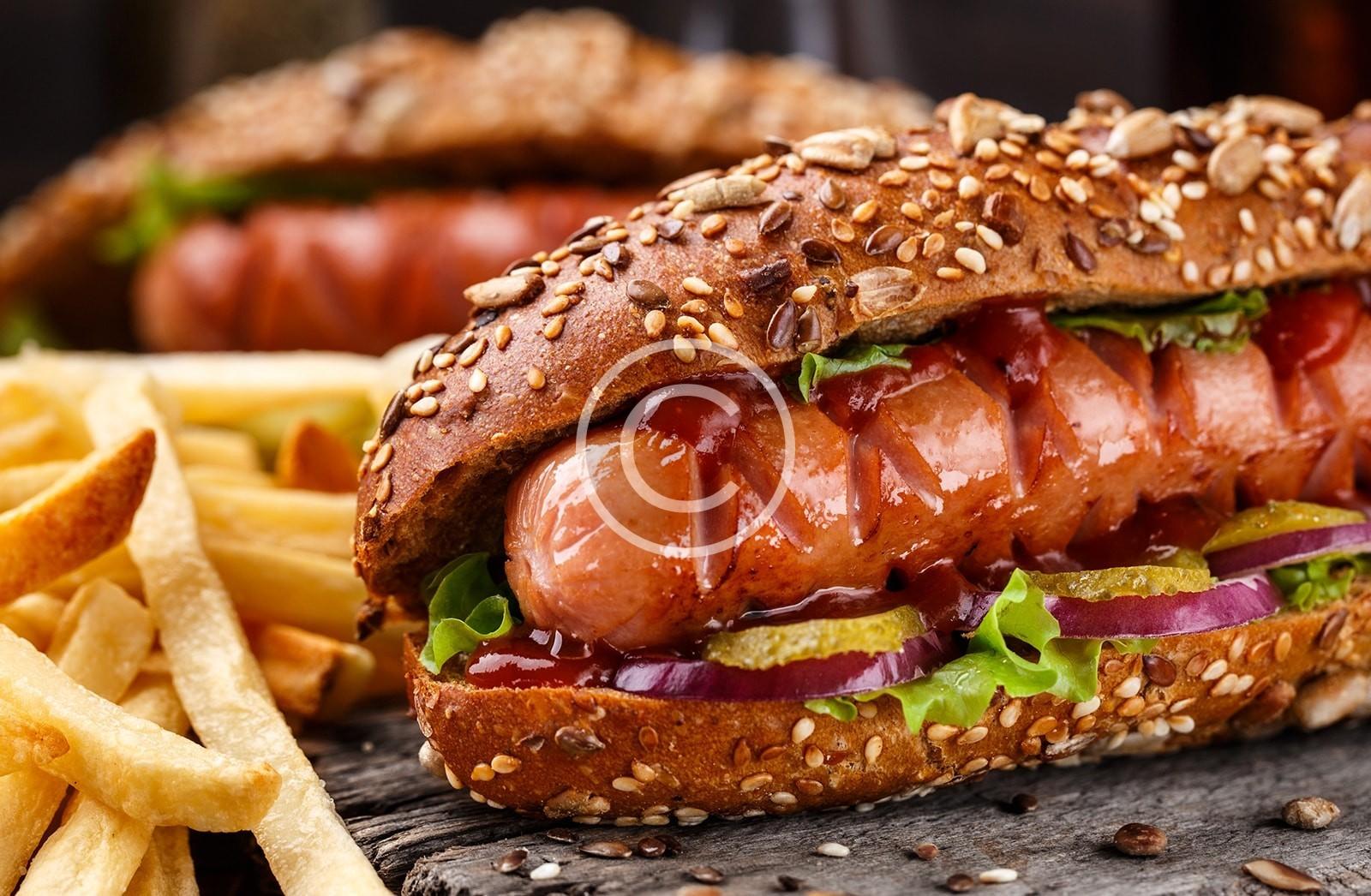 black hot dog